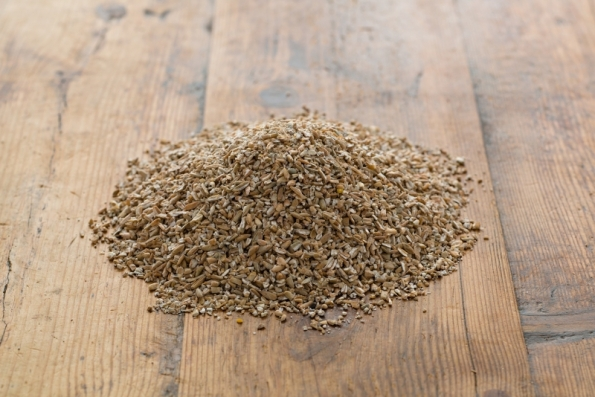 147-organic-chopped-rye-for-pumpernickel-flour_2-4