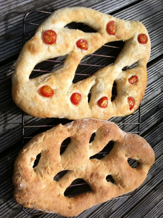 fougasse_two_ways
