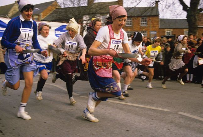 xolney-pancake-race-is-held-at-noon-on-shrove-tuesdays_1110-jpg-pagespeed-ic-luuvoaxtt0
